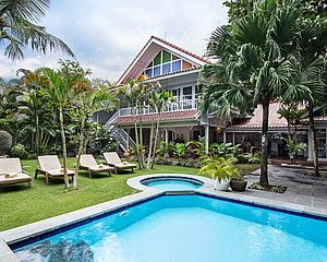 3 Bedroom Villa for sale in Seminyak Bali