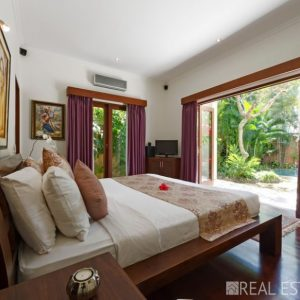 Beautifully appointed 3 bedroom villa for sale in Seminyak