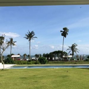 Beachfront: 4 Bedroom Villa in Canggu