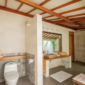 JOGLO STYLE 3 BEDROOMS VILLA IN CANGGU