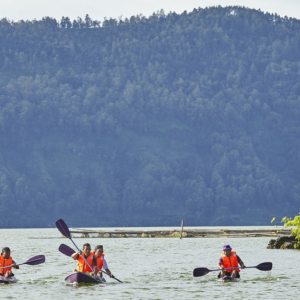 Lake Batur: Kayak and Natural Hot Spring Experience