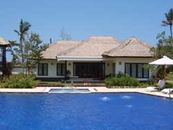 Beachfront FREEHOLD luxurious boutique villa resort.